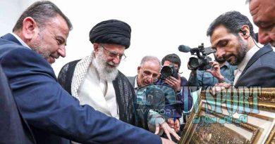 خامنئي بصحبة صالح العاروري رئيس وفد حماس خلال زيارة الحركة لطهران - 22 يوليو 2019