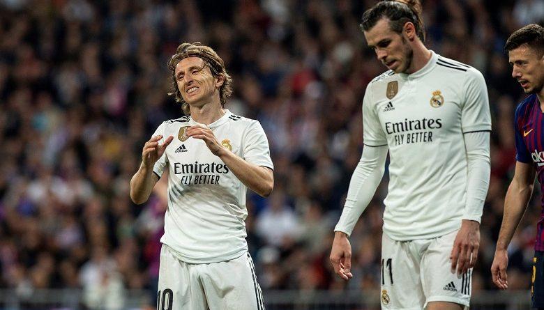 ريال مدريد متخوف من غياب مورديتش وبايل عن الكلاسيكو و ميسي يتسلم جائزة الحذاء الذهبي