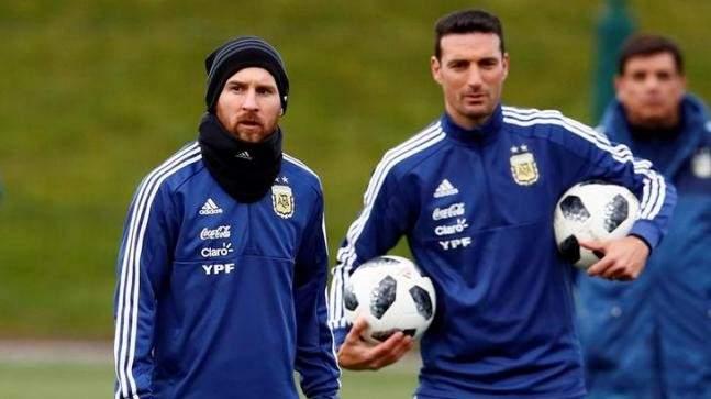 سكالوني تشكيلة الأرجنتين المتوقعه لمواجهة ألمانيا
