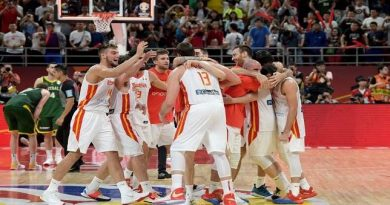 إسبانيا تتأهل على حساب أستراليا